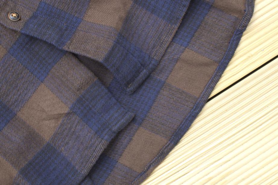 Levi's® Skate Reform Shirt Tail Detail